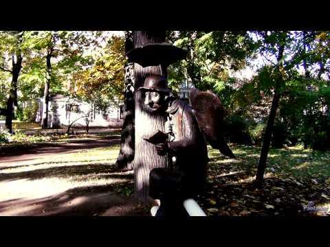 Скульптуры в Измайловском саду