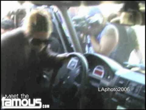 Ashley Olsen Mobbed by Paparazzi