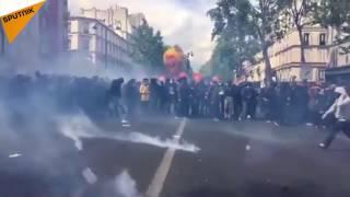 Video Tentions lors de la  manifestation du 1er mai à Paris MP3, 3GP, MP4, WEBM, AVI, FLV Agustus 2017