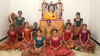 Video Ayigiri Nandini - Navadurgas singing Mahishasura Marddini Sthothram - 'Vande Guru Paramparaam' MP3, 3GP, MP4, WEBM, AVI, FLV Juni 2018
