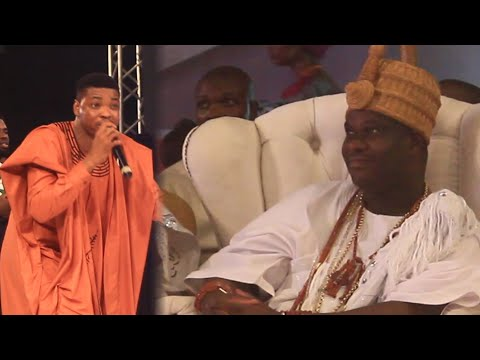 OONI OF IFE TAP BLESSINGS FROM WOLI AROLE  & WOLI AGBA