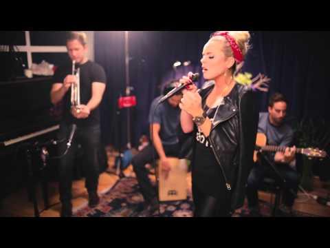 Katy Tiz - The Big Bang [Acoustic Video]