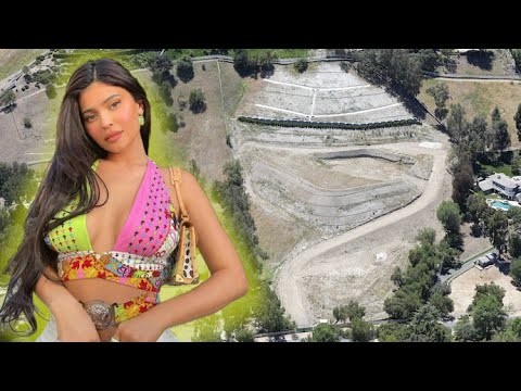 Kylie Jenner Breaking Ground On A HUGE Calabasas Mega-Mansion