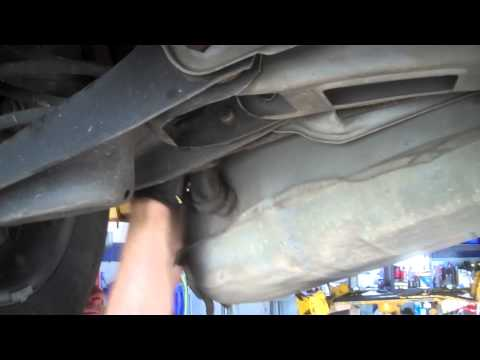 Fuel pump replacement Pontiac Bonneville 1990 Install Remove Replace