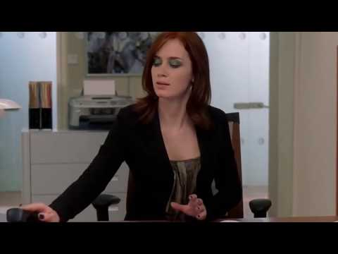 The Devil Wears Prada (2006) Scene: Emily Answer the Phone