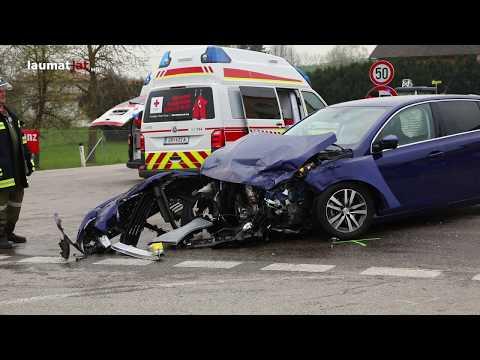 Drei Verletzte bei schwerem Kreuzungscrash in Gaspoltshofen