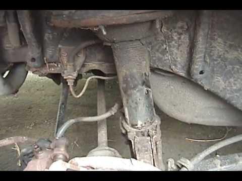 1995 Subaru Legacy – Full DIY: rear strut replacement