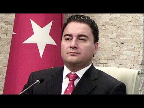 Συντροφικά μαχαιρώματα στον Ερντογάν και νέο κόμμα από τον Μπαμπατζάν…