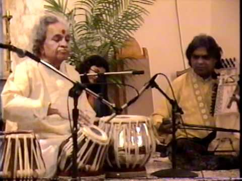 tabla gharana - This is a clip from the Live in Miami concert in 1998.