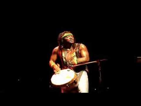 Djembe solo – Tony 'Ruption' Williams – Third World – live