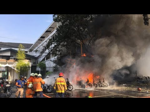 Anschlag in Indonesien: Explosion in Polizeiquartier