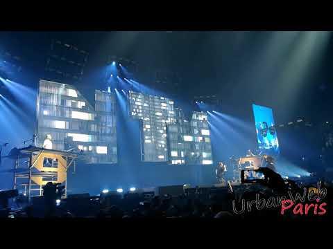 Suprême NTM   on est encore La Prêts à foutre le souk live AccorHotels Arena 1 (видео)