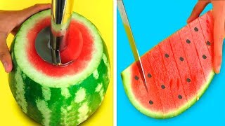 Video 22 SIMPLE LIFE HACKS WITH WATERMELON! MP3, 3GP, MP4, WEBM, AVI, FLV Februari 2019
