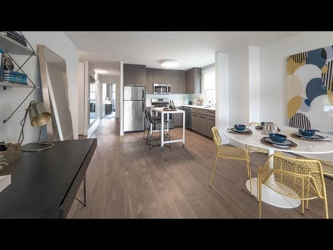 A spacious one-bedroom model in Lakeview East at Wave Lakeview