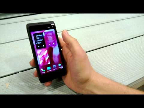 Sailfish UI Video Demo by Jolla Senior Designer Jaakko Roppola