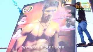 Fans Celebrates Velaiyilla Pattathari Release