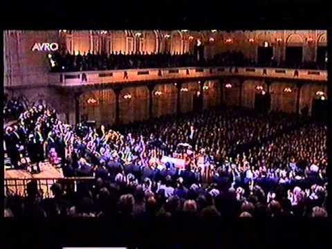 Chailly - St Matthew Passion Part II conducted by Riccardo Chailly in concertgebouw Amsterdam.