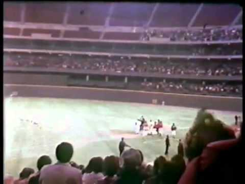 Video: Pete Rose collects 3,000th hit on this date 1978