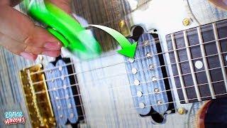 Canción que hice para mis amiguitos los spinners donde todo lo que escuchan de guitarras se grabo con uno de ellos.SUSCRIBETE ES GRATIS :3Mi hermoso Facebook: https://www.facebook.com/eddiewarboy/...Mi cuenta de twittah: https://twitter.com/eddiewarboyInstagram https://www.instagram.com/eddiewarboy/