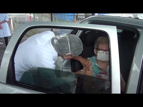 Influenza: drive-thru no Shopping Pátio vacina público-alvo
