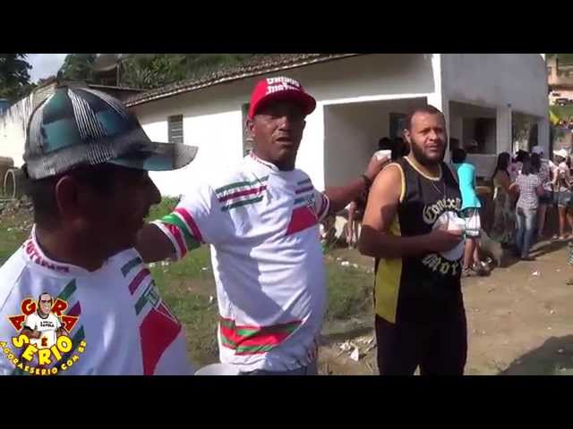Festa das Crianças da Favela do Justinos com Emicida na quebrada