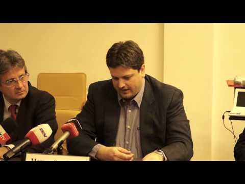 Bírálták a kormánypártok alkotmánymódosító javaslatát