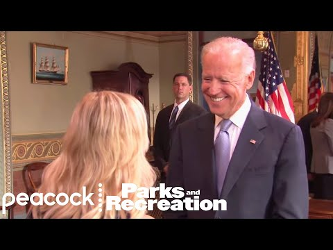 Leslie Meets Her Hero - Parks and Recreation