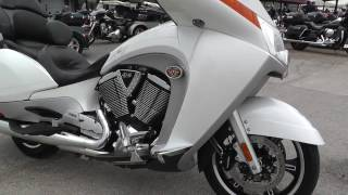 2. 002711 - 2011 Victory Vision Tour - Used motorcycles for sale