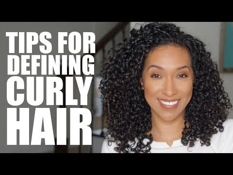 Curly hairstyles - HOW TO DEFINE YOUR NATURALLY CURLY HAIR