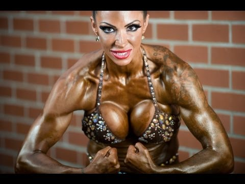 肌肉不再是男人的專利,真正的金鋼芭比!
