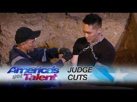 Demian Aditya: Escape Artist Attempts Deadly Performance - America's Got Talent 2017 (видео)