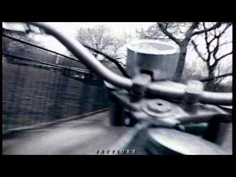 Tekst piosenki Joan Jett - Personality Crisis po polsku