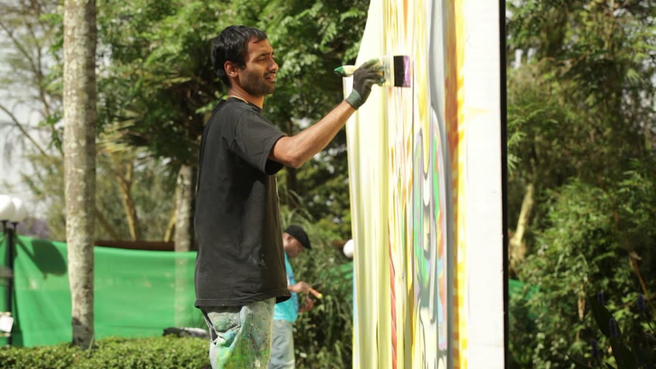 Duracoat Spray For Change commissioned by UNEP