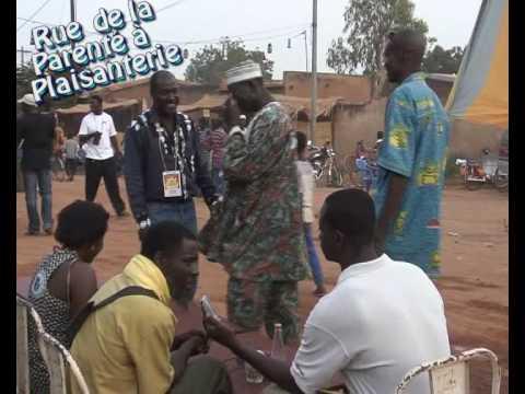 plaisanterie - Montage présentant un extrait des manifestations d'octobre 2008 à Ouagadougou ''Les nuits internationales de la plaisanterie''. Elles ont été Mises en place ...