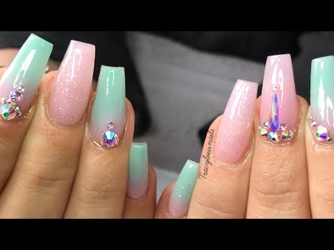 ACRYLIC NAILS  OMBRÉ  CRYSTALS  REDESIGN