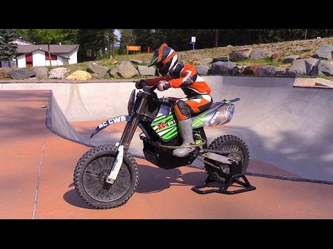RC CWR X-Rider takes on the concrete skate park in Kimberley BC