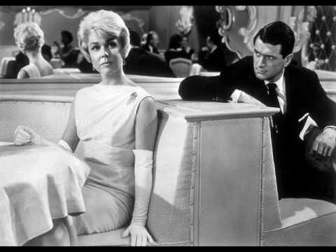 Tekst piosenki Doris Day - Move over darling po polsku