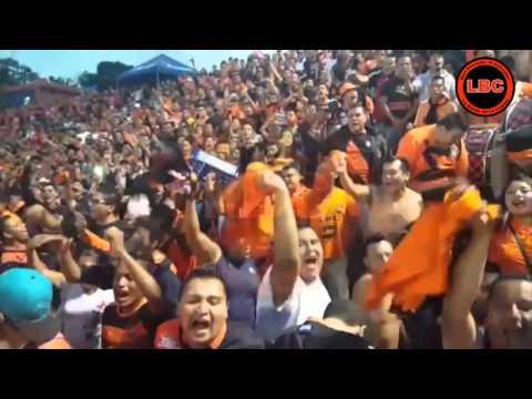 La Inmortal 12 y LBC haciendo la fiesta en el Universitario ( 30-03-2016 ) - Super Naranja - Inmortal 12 - LBC - Club Deportivo Águila