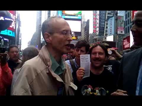 Robert Fitzpatrick's reaction to doomsday before 6pm-May 21,2011(part 1)