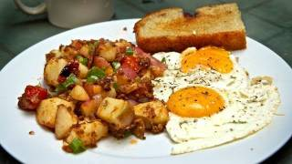 Classic Breakfast: Perfect Eggs&Potato Hash Recipe!