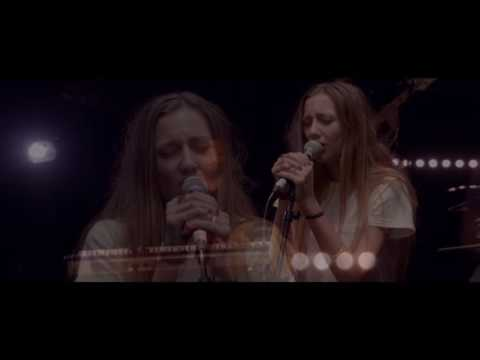 """Cloves   """"Frail Love""""   Live from YouTube Space LA видео"""