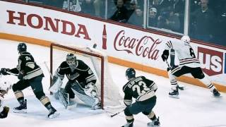 Super Slo-mo: Toews, Matthews, Price and Mrazek by NHL