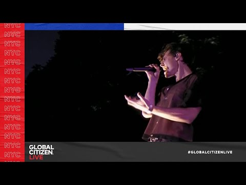 """Shawn Mendes - """"Treat You Better"""" (Live in New York City 2021) 