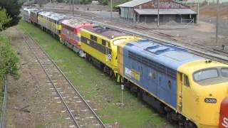 Wallendbeen Australia  city photos : 9 EMD streamliners depart Streamliners 2016 Goulburn NSW 4-10-2016
