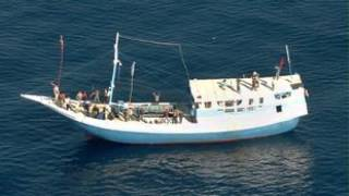 Coalition outlines tougher asylum seeker policy - SBS Amharic