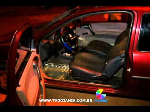 Vigilante é assassinado dentro do carro. O pai do jovem garante que foi vingança