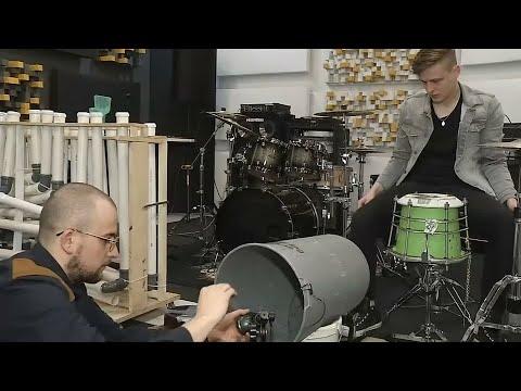 Krakauer Recycling-Band macht aus Müll Musik