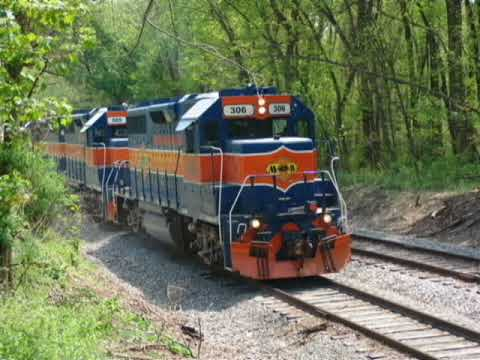 Maryland Midland GP-38 Train Engines