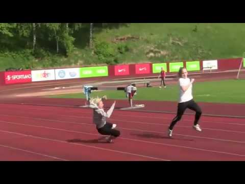 Blonde in track and field - Hurdles