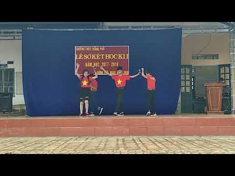 Văn nghệ chào mừng lễ sơ kết HKI 2017-2018
